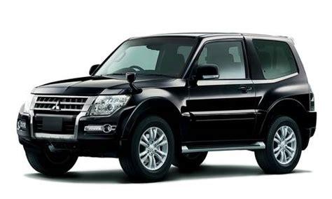 pajero 3 porte listino prezzi mitsubishi pajero suv 3 porte auto nuove