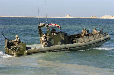 sam s boat hiring two us boats 10 sailors in iranian custody uncle sam s