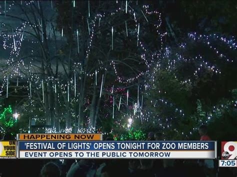 Forget The Turkey Cincinnati Zoo S Festival Of Lights Cincinnati Zoo Festival Of Lights Tickets