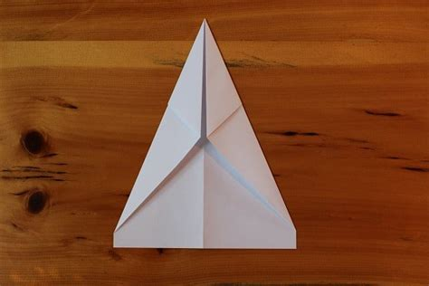 Best Way To Make A Paper Airplane For Distance - the best paper airplane how to make a paper airplane