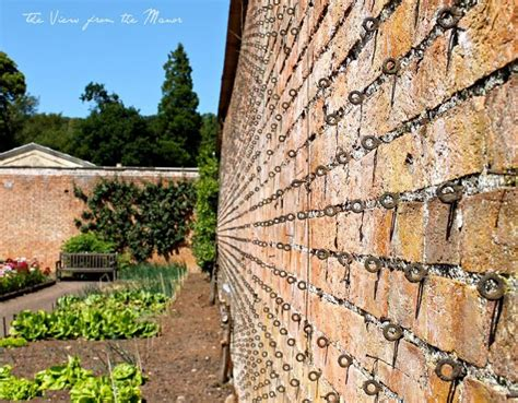 best hook for bricks 17 best images about brick masonry on gardens raised beds and entryway