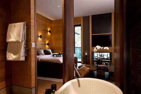 bad im schlafzimmer baddesign und schlafzimmer vereint geht das tipps wie es