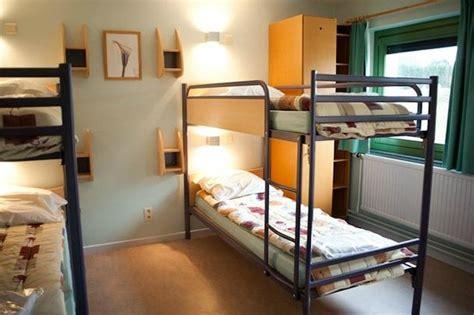 chambre de jeunesse chambre photo de auberge de jeunesse de bouillon