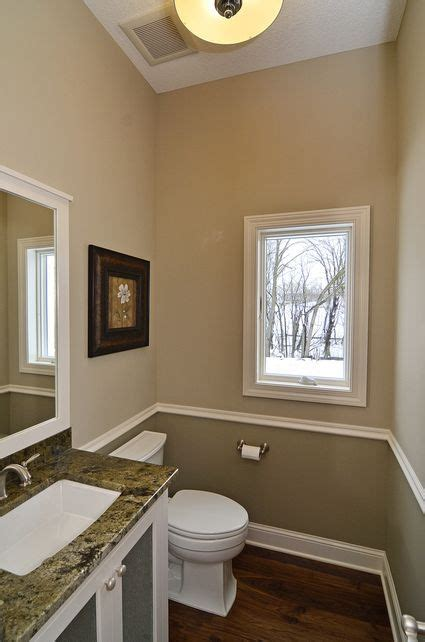 two tone paint bathroom walls 17 best ideas about two toned walls on pinterest two