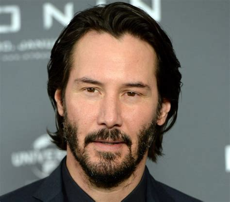 latest hollywood hair style for men keanu reeves hollywood beard actor stylebeard hollywood