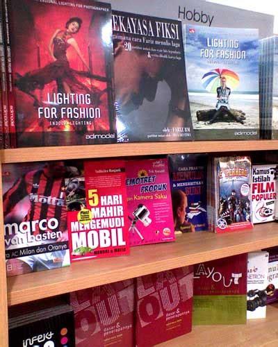 Layout Toko Buku Gramedia | di toko buku gramedia buku layout ternyata ada di