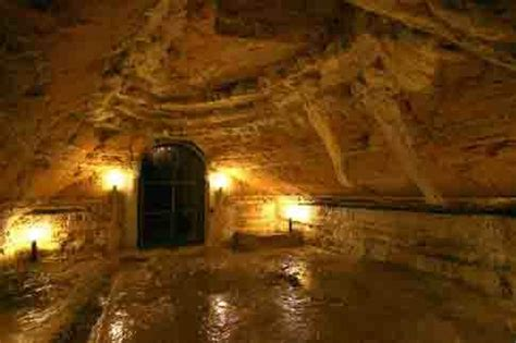 cap camerano ancona grotte di camerano