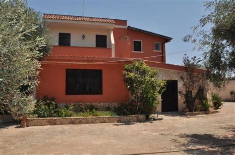 affitto villa porto cesareo affitto appartamenti in villa per 3 famiglie a porto cesareo