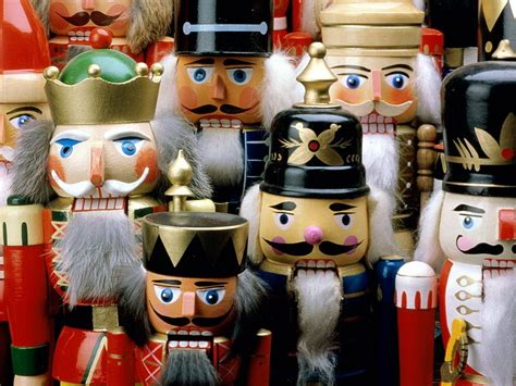 nutcrackers christmas wallpaper 2735750 fanpop