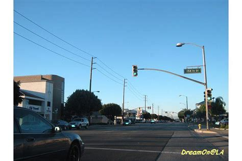 hawthorne red light camera 注意 赤信号監視カメラ red light cameras be aware