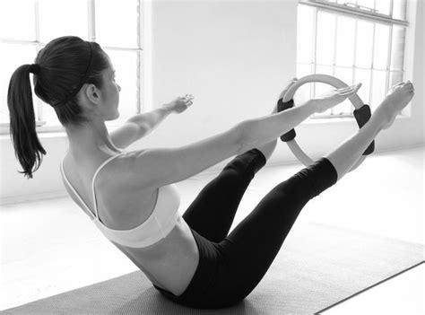imagenes yoga pilates 34 best fotos art 237 sticas pilates images on pinterest