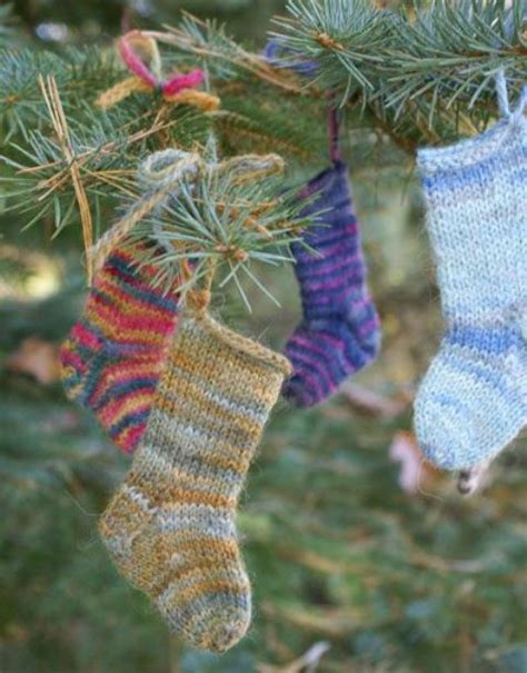 cute and cozy knitted christmas decorations ideas the xerxes