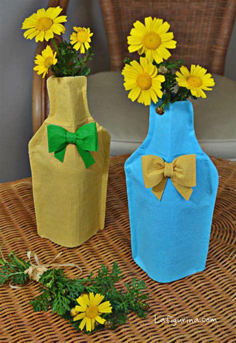 fiori in bottiglia tutorial come realizzare una bottiglia porta fiori in