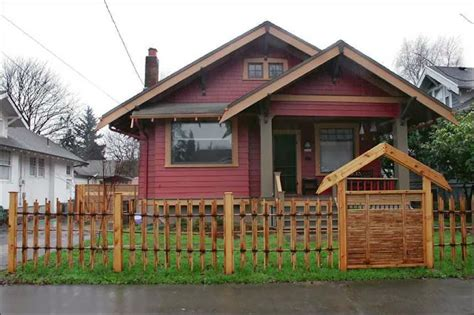 fence ideas for small yard ayanahouse the gallery for gt picket fences in front yards