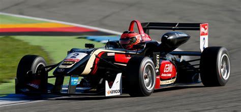 Formel 3 Auto by Formula 3