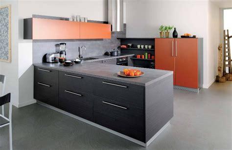 cuisine et noir cuisine noir et orange photo 7 10 le mobilier est