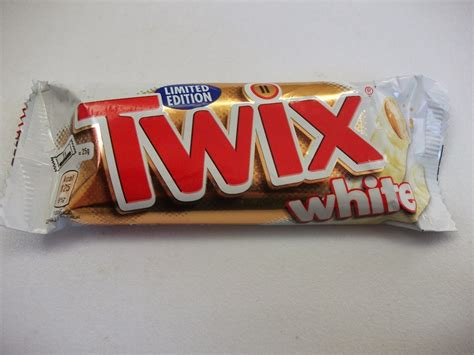 Twix White white chocolate twix limited edition review