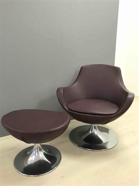 poltrona con poggiapiedi poltrona pelle girevole con poggiapiedi divani a prezzi