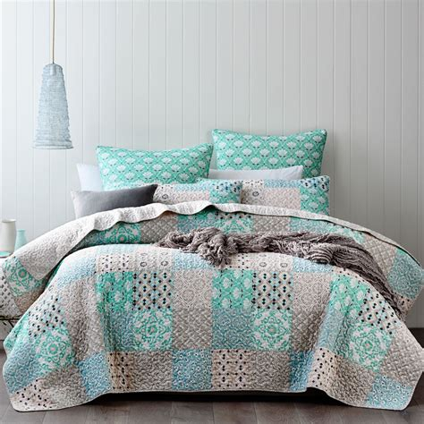 coverlets australia stock deluxe quilt cover sets coverlets and doona covers