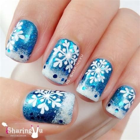 snowflake pattern for nails snowflake nail designs pictures to pin on pinterest