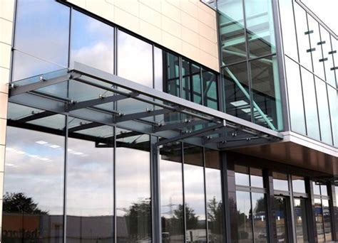 Canopy Retail Sc27 Suspended Glass Canopies Retail Park Sheffield