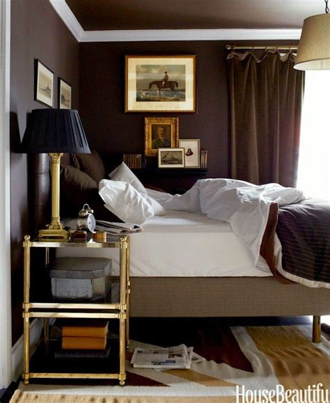 bedroom tricks 16 tricks to make your small rooms look bigger mistakes to avoid small rooms