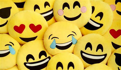 imagenes de feliz a241o reportaje el negocio boyante de la felicidad el pa 205 s semanal
