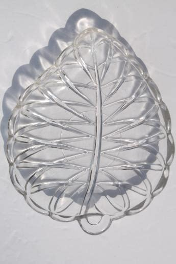 leaf pattern glass plates pretzel pattern vintage glass olive dishes set of 6 leaf