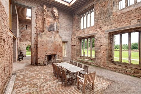 house plans that look like old houses transformation d un manoir fortifi 233 en maison moderne