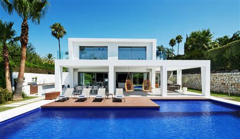top 20 most luxurious homes for sale