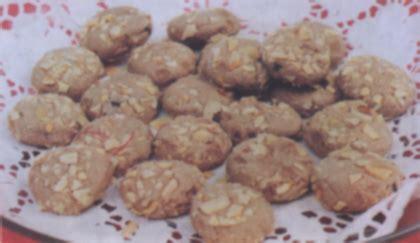 resep kue kering coklat tabur almond jagat resep