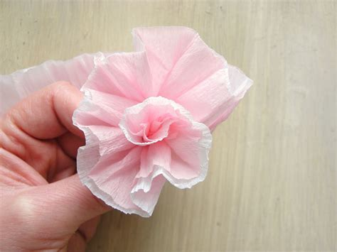 Flower With Crepe Paper - icing designs lovely crepe paper flowers