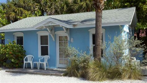 indian rocks cottage rentals fantastic beachside cottage with pool 2 br vacation