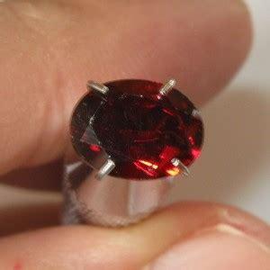 Pyrope Garnet Plus Memo jual batu permata garnet pyrope almandite 1 40 carat kualitas bagus