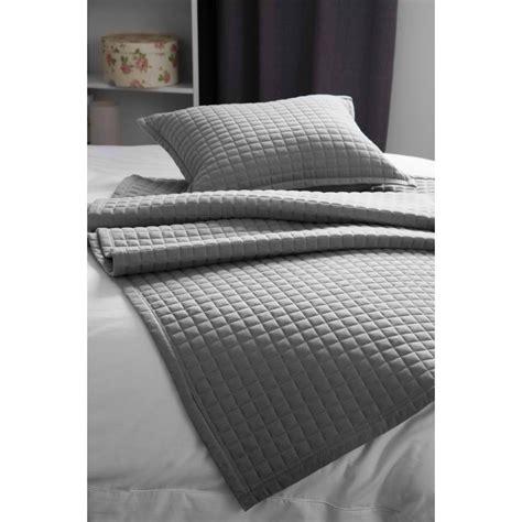 bed runner belledorm bedspread throw crompton bed runner grey