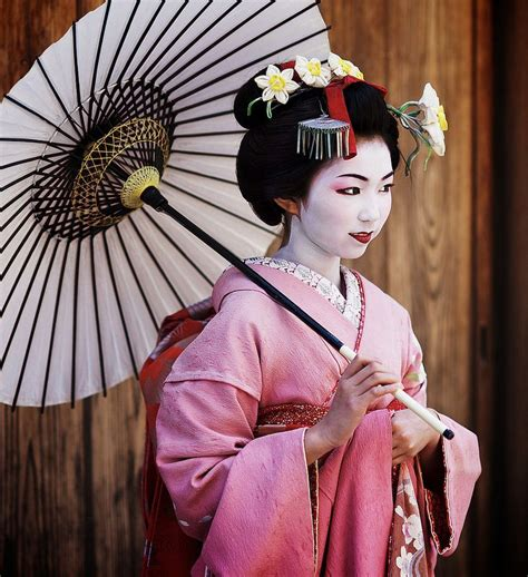 Geisha Get It by 17 Best Images About Geisha And Maiko On