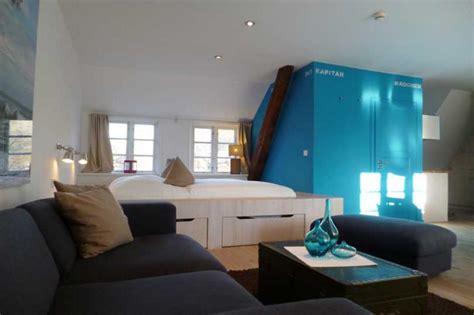 Ferienhäuser Aus Holz by Schlafzimmer Rot Schwarz