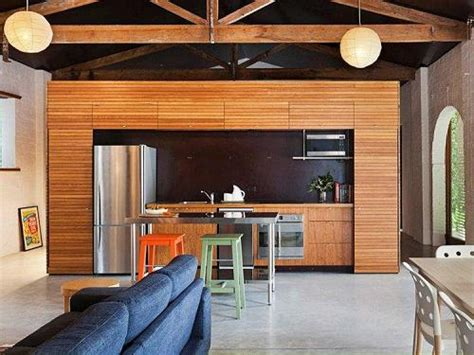 Excepcional  Que Es El Diseno De Interiores #8: Revestimiento-madera-cocina-moderna-4.jpg