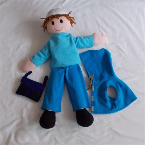 Handmade Puppets - cheer up your handmade puppet with removable costume