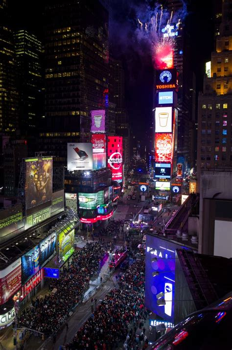 new year in times square 2014 this is how the world celebrated new year s