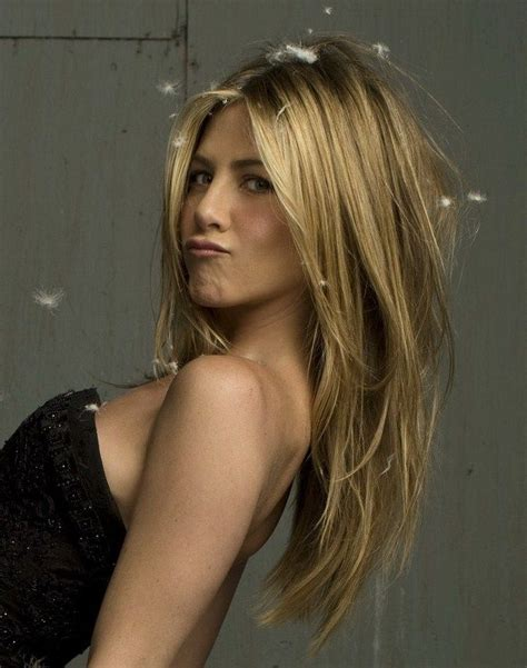 show me long layer hair cuts 15 great jennifer aniston hairstyles pretty designs