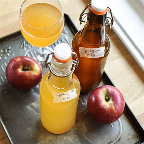 how to make your own sparkling apple cider at home