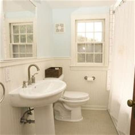 beadboard toilet seat crown moldings moldings and crowns on