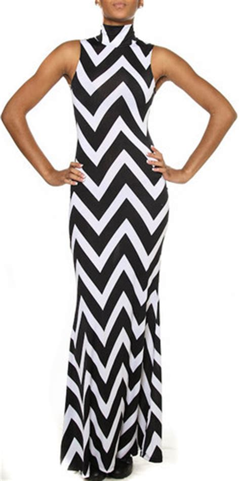 Dresa Maxi Gamis Zig Zag 064 by Chevron Mock Neck Maxi Dress Black White On Storenvy