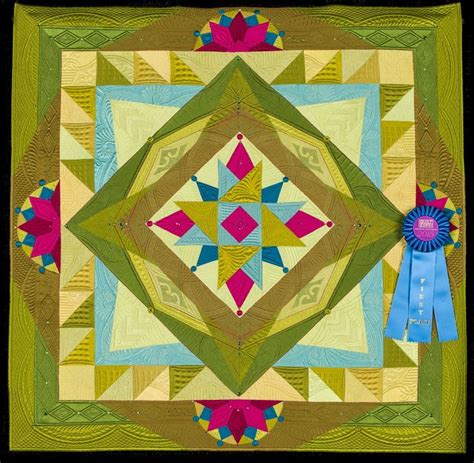 Best 25 Small Quilt Projects Ideas On Machine - 202 best quilt contest award winners images on