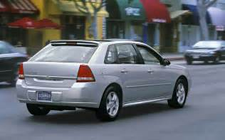 2004 chevrolet malibu maxx rear view photo 8