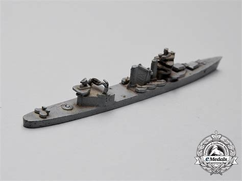 ship identification a set of early second war comet u s navy ship