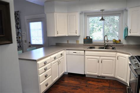 painting over laminate kitchen cabinets painting 80s laminate cabinets digitalstudiosweb com
