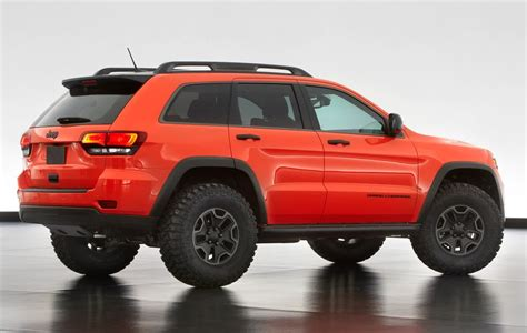 2018 jeep grand cherokee trailhawk 2017 jeep cherokee trackhawk and trailhawk auto car update