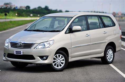 Sale All New Innova Non Bagasi Bahan 2 Warna toyota innova lift autocar india